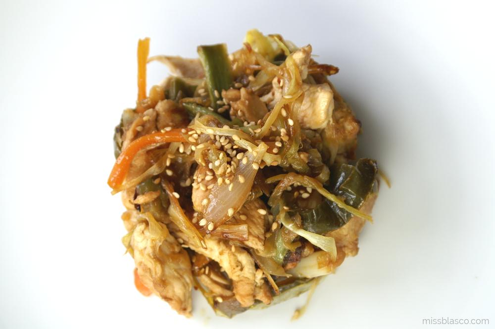 wok pollo y verduras