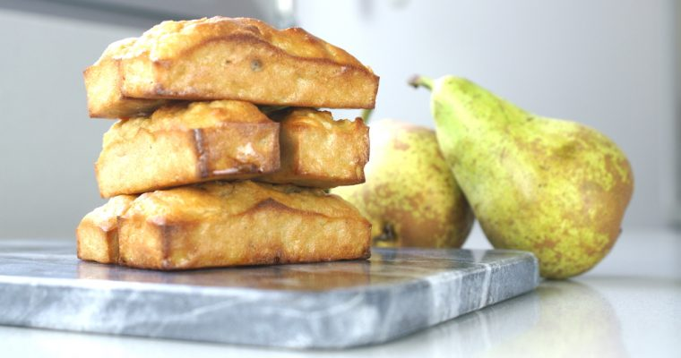 Sugar-free pear and almond biscuits