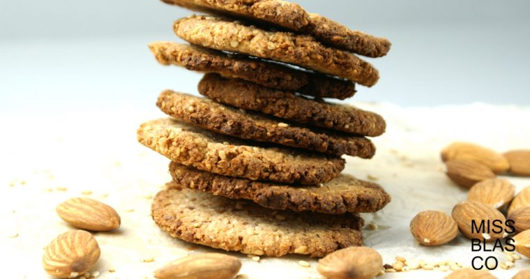 ALMOND AND SEEDS COOKIES