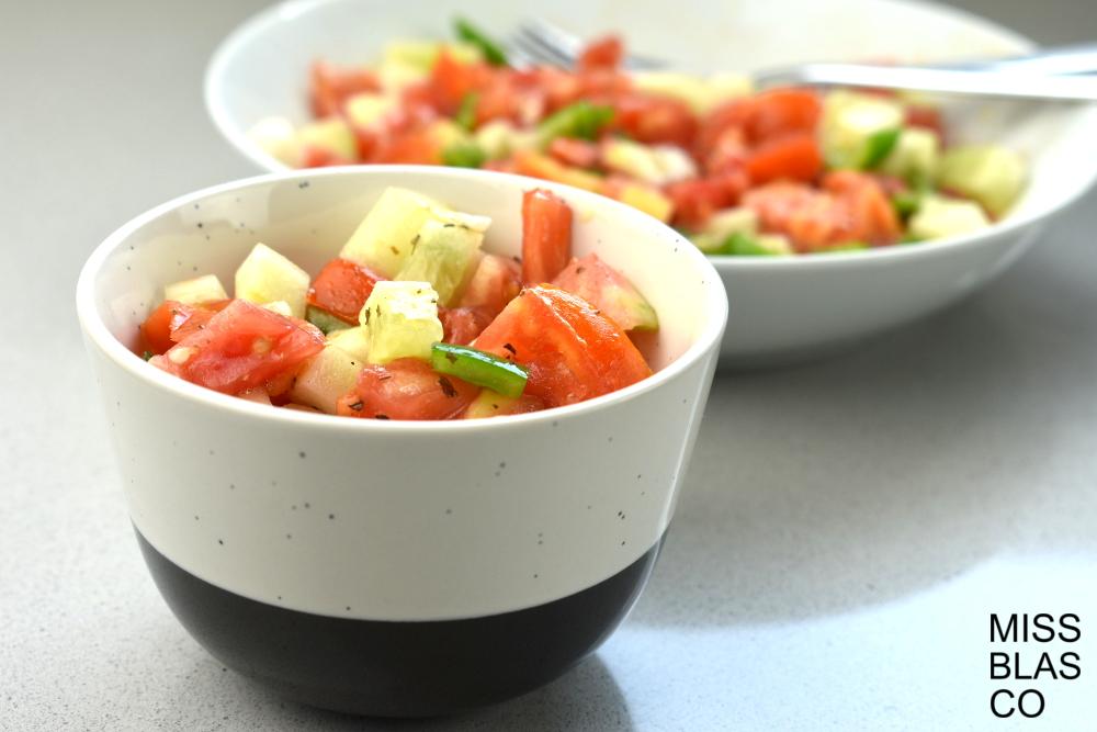 ensalada tomate y pepino