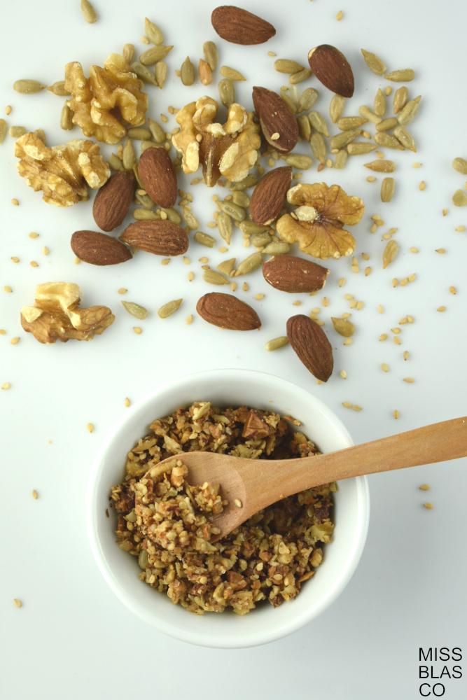 crumble de frutos secos con almendras y nueces