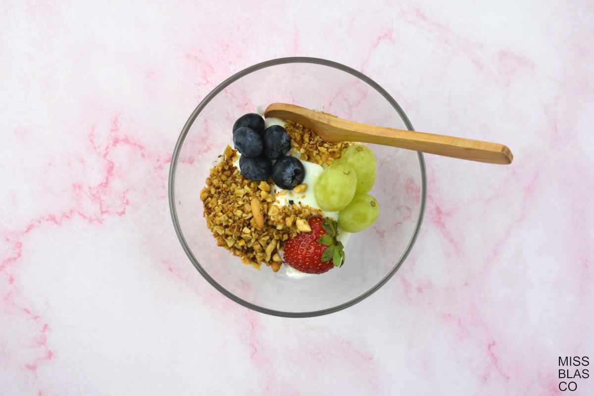bol con granola sin azúcar