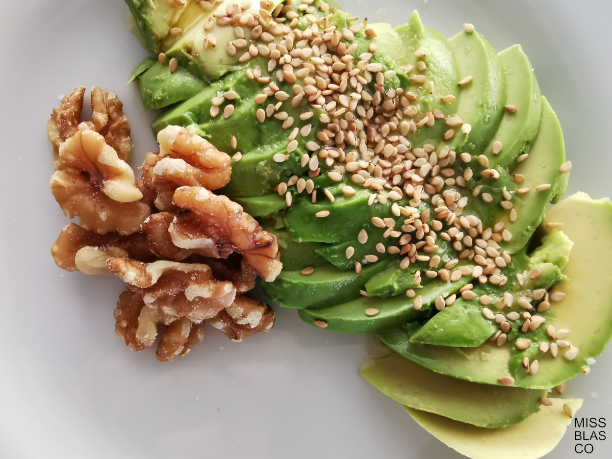 Sesame avocado and walnuts