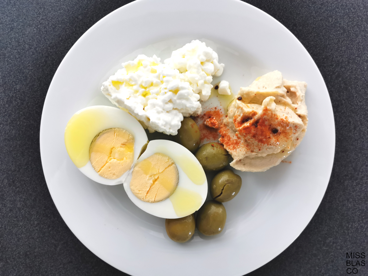 breakfast boiled egg without bread